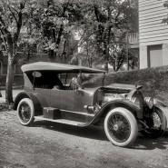 Выставка «Моделей автомобилей 1920-1950 годов» фотографии