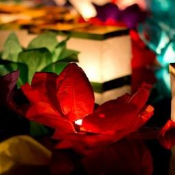 Фестиваль водных фонариков в Тюмени