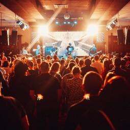 Концерты в клубе «Максимилианс» в апреле 2019