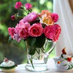Выставка «Цветы нам дарят вдохновенье»