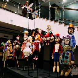Выставка костюмов и декораций «Триплет»