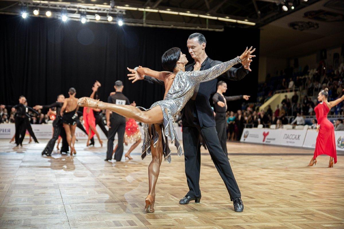 Фестивальные концерты бального танца ибрейкинга