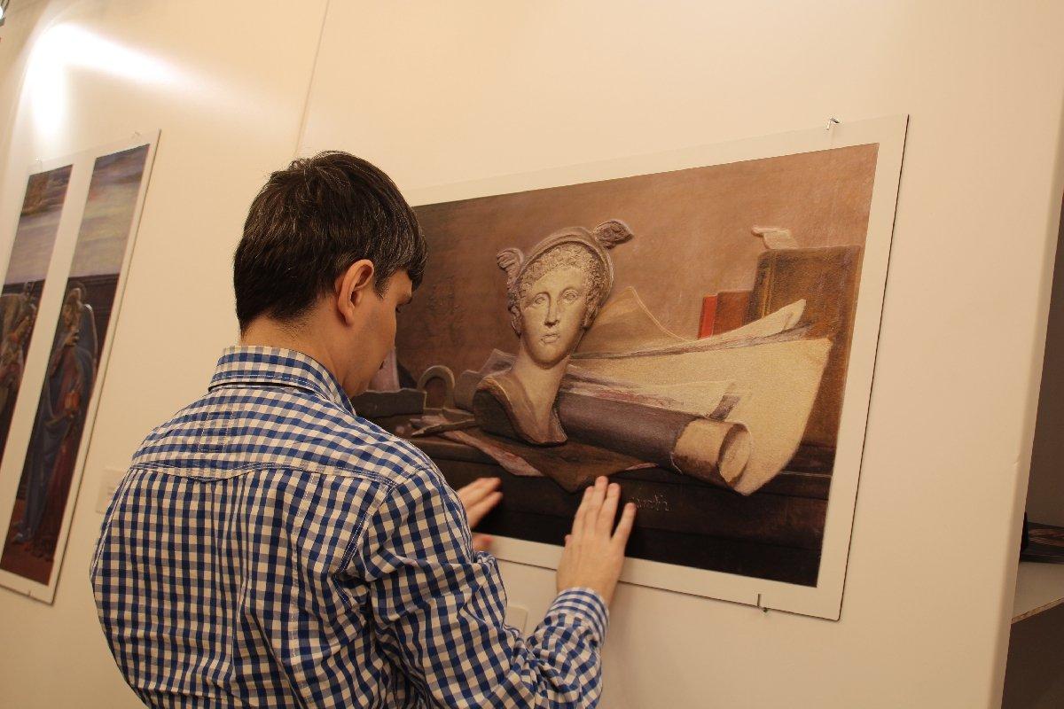 Выставка тактильных картин «Видеть невидимое»
