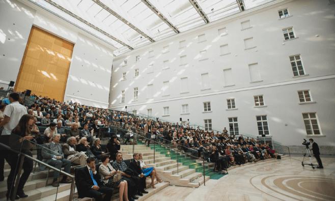 Международная конференция повопросам развития креативных индустрий Calvert Forum Siberia 2017