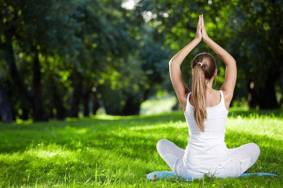 Картинка с надписью медитация