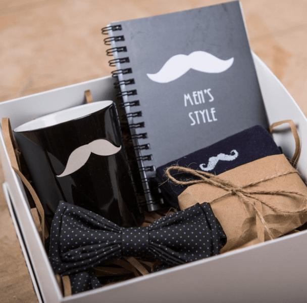 Ярмарка сувениров кДню защитника Отечества