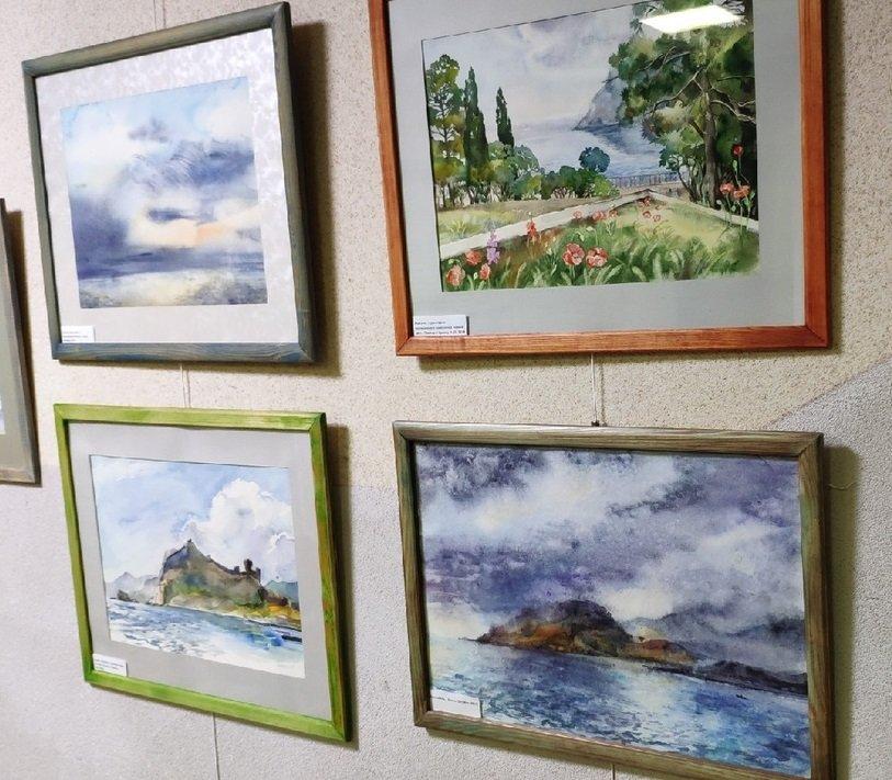 Выставка «Крымские каникулы»
